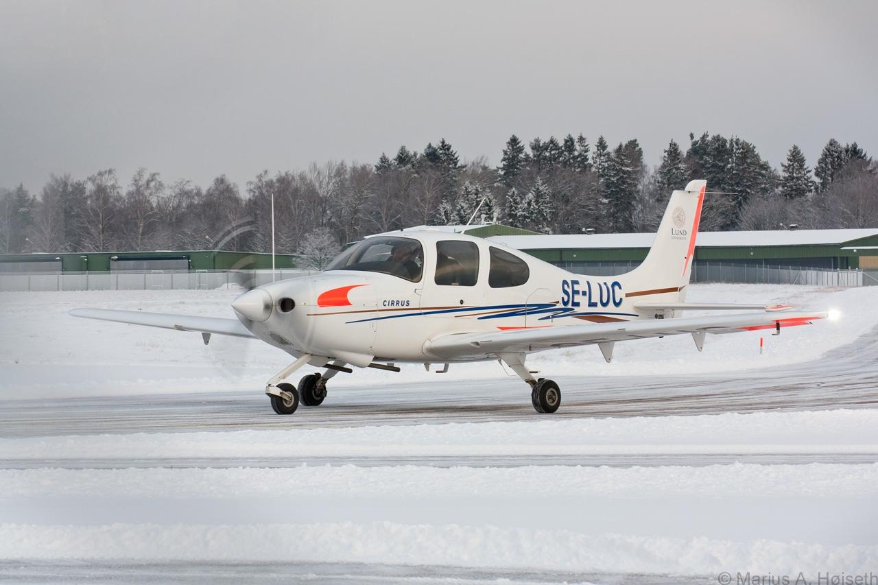 Cirrus på snø